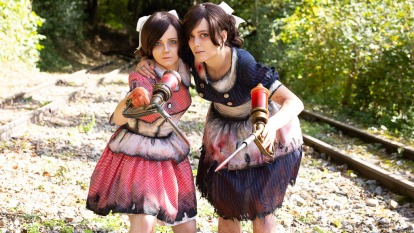 rodoleufeu-cosplay-sisters